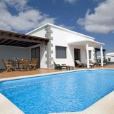 View information about Parque del Rey Villas 3 bedrooms, check availability and book online