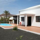 View information about Parque del Rey Villas 4 bedrooms, check availability and book online